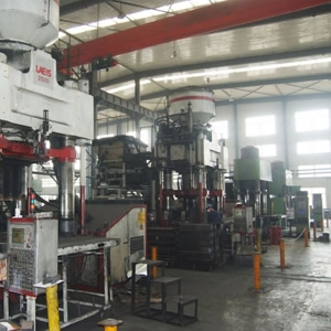 German 2500 ton hydraulic press