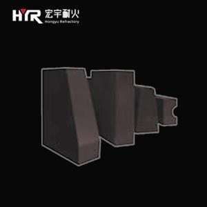 Semi-recombined magnesia chrome brick